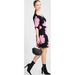Sukienki hiszpanki: Vero Moda Petite VMFRIDA WRAP DRESS Sukienka letnia black