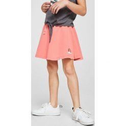 Mango Kids - Szorty dziecięce Flow 110-164 cm. Szare spodenki dziewczęce Mango Kids, z haftami, z bawełny, casualowe. W wyprzedaży za 29,90 zł.