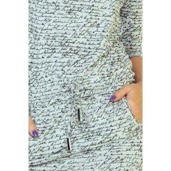 Caroline Sukienka sportowa - napisy + JASNO SZARA. Niebieskie sukienki sportowe marki numoco, na imprezę, s, w kwiaty, z jeansu, sportowe. Za 109,00 zł.