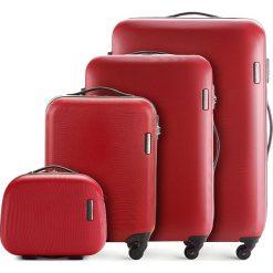 Zestaw walizek 56-3-61K-30. Czerwone walizki marki Wittchen, z gumy, duże. Za 805,38 zł.