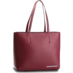 Torebka CALVIN KLEIN - Ultra Light Zipper K40K400622  238. Czerwone torebki klasyczne damskie Calvin Klein, ze skóry ekologicznej. Za 599,00 zł.