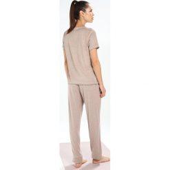 Deha Tshirt z nadrukiem stucco. Brązowe t-shirty damskie Deha, s, z nadrukiem, z bawełny. W wyprzedaży za 139,50 zł.