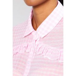 Koszule wiązane damskie: Glamorous Koszula light pink