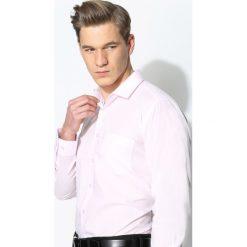 Różowa Koszula Work Of Art. Fioletowe koszule męskie na spinki marki KIPSTA, m, z elastanu, z długim rękawem, na fitness i siłownię. Za 49,99 zł.