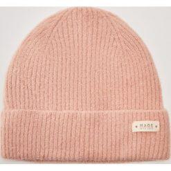 Czapka - Różowy. Czerwone czapki zimowe damskie marki House. Za 25,99 zł.