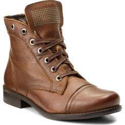 Botki LASOCKI - 70174-19 Brązowy. Brązowe buty zimowe damskie Lasocki, z nubiku, na obcasie. W wyprzedaży za 125,00 zł.