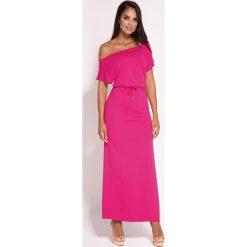 Fuksja Sukienka Maxi z Dekoltem w Łódkę. Różowe długie sukienki marki numoco, l, z dekoltem w łódkę, oversize. Za 178,90 zł.