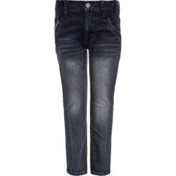 Name it NKMROSS PANT Jeansy Slim Fit dark grey denim. Czerwone jeansy chłopięce marki Name it, l, z nadrukiem, z okrągłym kołnierzem. Za 159,00 zł.