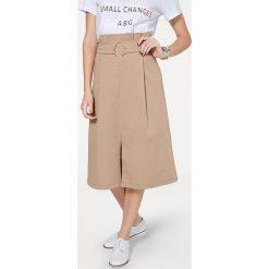 Odzież damska: Spódnica w kolorze karmelowym