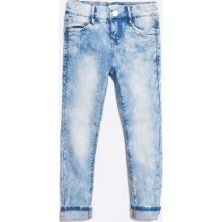 Name it - Jeansy dziecięce 110-164 cm. Niebieskie jeansy dziewczęce Name it, z haftami, z bawełny. W wyprzedaży za 89,90 zł.