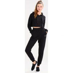 Spodnie z wysokim stanem: Missguided ELASTICATED WAIST HOTFIX JOGGER Spodnie treningowe black