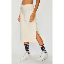 Nike Sportswear - Spódnica. Szare spódniczki dzianinowe Nike Sportswear, l, midi, proste. W wyprzedaży za 229,90 zł.