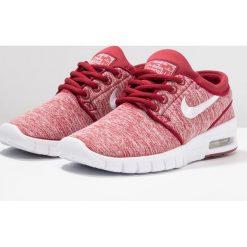 Nike SB STEFAN JANOSKI MAX Tenisówki i Trampki red crush/white. Czerwone buty sportowe chłopięce Nike SB, z materiału. Za 379,00 zł.