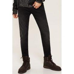Jeansy skinny - Czarny. Czarne jeansy męskie skinny marki House. Za 129,99 zł.