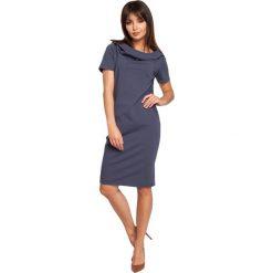 CHER Sukienka z kapturem i zamkami - niebieska. Czarne sukienki mini marki Sinsay, l, z kapturem. Za 154,90 zł.