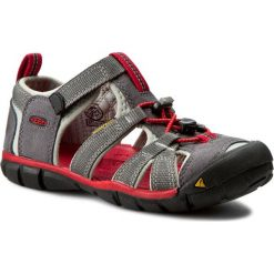 Sandały KEEN - Seacamp II Cnx 1014126 Magnet/Racing Red. Szare sandały chłopięce marki Keen, z materiału. W wyprzedaży za 189,00 zł.