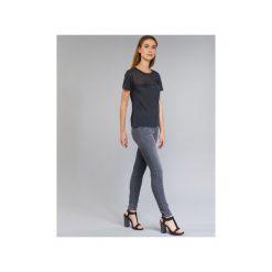 Jeansy skinny Armani jeans  HADIJA. Czarne jeansy damskie skinny marki Armani Jeans, z jeansu. Za 639,20 zł.