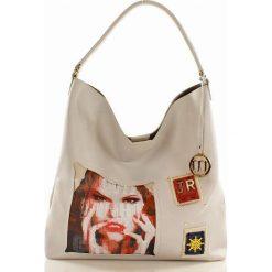 Modna torba miejska z naszywkami biel AURORA. Brązowe torebki klasyczne damskie marki Monnari, w paski, z materiału, średnie. Za 169,00 zł.