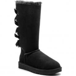 Buty UGG - W Bailey Bow Tall II 1016434 W/Blk. Szare buty zimowe damskie marki Ugg, z materiału, z okrągłym noskiem. Za 1259,00 zł.