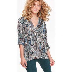 KOSZULA DŁUGI RĘKAW DAMSKA WE WZORY. Szare koszule damskie Top Secret, na jesień, z koszulowym kołnierzykiem, z długim rękawem. Za 99,99 zł.