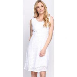 Sukienki: Biała Sukienka Dazzling Sky