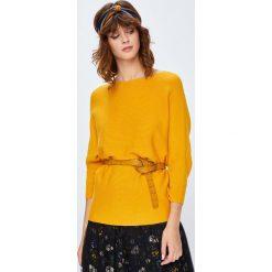 Medicine - Sweter Basic. Pomarańczowe swetry oversize damskie MEDICINE, l, z dzianiny. W wyprzedaży za 71,90 zł.
