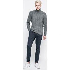 Pepe Jeans - Jeansy Sloane Dnm Mix. Niebieskie jeansy męskie regular Pepe Jeans. W wyprzedaży za 239,90 zł.