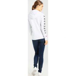 Superdry Bluza rozpinana ice marl. Białe bluzy rozpinane damskie marki Superdry, m, z bawełny. Za 389,00 zł.