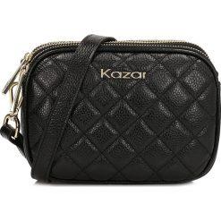 Czarna torebka przez ramię. Czarne torebki klasyczne damskie Kazar, w paski, ze skóry. Za 469,00 zł.