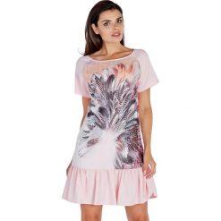 Sukienki hiszpanki: Sukienka w kolorze różowym ze wzorem