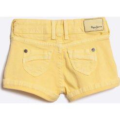 Pepe Jeans - Szorty. Czarne szorty jeansowe damskie marki Mayoral, w paski, casualowe. W wyprzedaży za 79,90 zł.