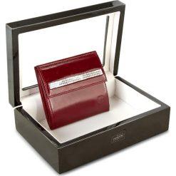 Mały Portfel Damski STEFANIA - SV-010 Czer L. Czarne portfele damskie marki Stefania, ze skóry. W wyprzedaży za 239,00 zł.