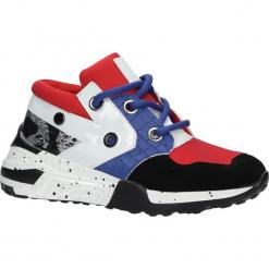 Czerwone buty sportowe sneakersy sznurowane Casu 7-K587B. Czerwone buty sportowe damskie marki KALENJI, z gumy. Za 79,99 zł.