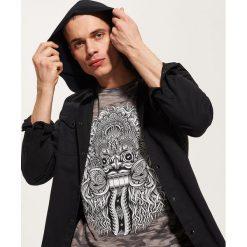 T-shirty męskie: T-shirt z orientalnym motywem – Czarny