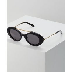 Han Kjobenhavn SHAME RAVEN Okulary przeciwsłoneczne black. Czarne okulary przeciwsłoneczne damskie aviatory Han Kjobenhavn. Za 569,00 zł.