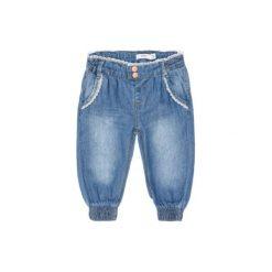 Name it Girls Spodnie Jeans Bava light blue denim. Niebieskie spodnie niemowlęce Name it, z bawełny. Za 75,00 zł.