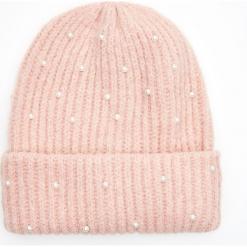 Czapka z ekologicznymi perłami - Różowy. Czerwone czapki damskie Cropp. Za 34,99 zł.