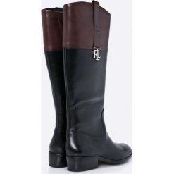 Lauren Ralph Lauren - Kozaki skórzane. Czarne buty zimowe damskie Lauren Ralph Lauren, z materiału, z okrągłym noskiem, na obcasie. W wyprzedaży za 539,90 zł.