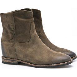 Carinii - Botki. Szare buty zimowe damskie Carinii, z materiału, na koturnie. W wyprzedaży za 219,90 zł.