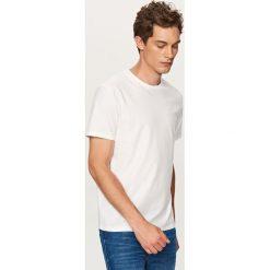 T-shirt o prążkowanej fakturze - Biały. Białe t-shirty męskie marki INESIS, m, z bawełny, z długim rękawem. Za 39,99 zł.