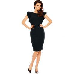 Czarna Koktajlowa Dopasowana Sukienka z Falbankami. Czarne sukienki balowe marki bonprix, do pracy, w paski, moda ciążowa. W wyprzedaży za 117,09 zł.