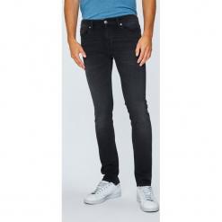 Tommy Jeans - Jeansy Scanton. Czarne jeansy męskie regular Tommy Jeans, z bawełny. Za 399,90 zł.