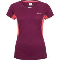 Columbia TITAN ULTRA  Tshirt z nadrukiem dark raspberry/red coral. Fioletowe topy sportowe damskie marki Columbia, s, z nadrukiem, z materiału. W wyprzedaży za 160,30 zł.