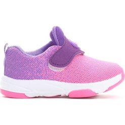 Różowe Buty Sportowe Daffodil. Czerwone buciki niemowlęce chłopięce Born2be, z okrągłym noskiem. Za 49,99 zł.