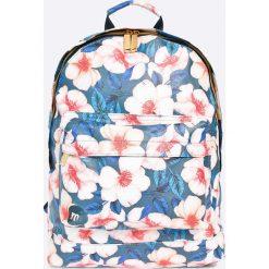 Mi-Pac - Plecak 17 l. Szare plecaki damskie Mi-Pac, w paski, z materiału. W wyprzedaży za 129,90 zł.