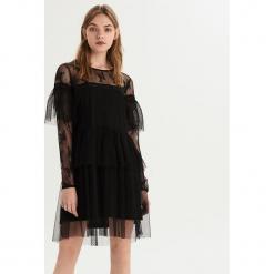 Sukienka z siateczki - Czarny. Czarne sukienki z falbanami marki Sinsay, l. Za 79,99 zł.
