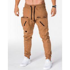 SPODNIE MĘSKIE JOGGERY P705 - RUDE. Brązowe joggery męskie Ombre Clothing. Za 89,00 zł.