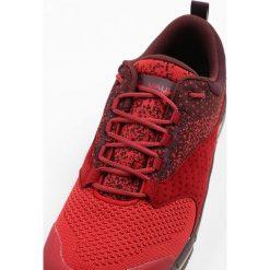Vaude TRK LAVIK STX Półbuty trekkingowe red cluster. Białe półbuty damskie marki Nike Performance, z materiału, na golfa. W wyprzedaży za 503,20 zł.
