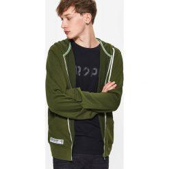 Bluzy męskie: Gładka bluza z kapturem – Khaki