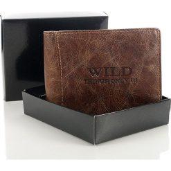 Skórzany portfel męski Wild things Only brązowy. Brązowe portfele męskie Wild, z materiału. Za 66,00 zł.
